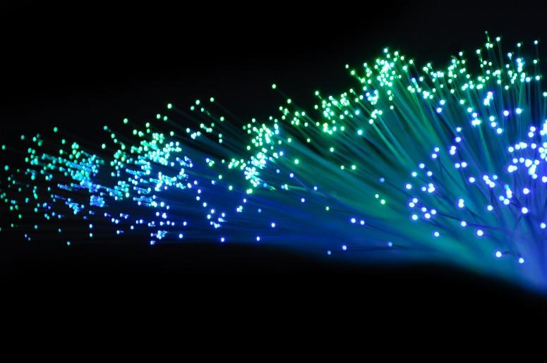optical-fiber-2077976_1920.jpg
